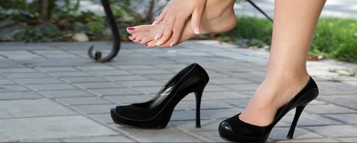 Εικόνα Πως να ανοίξεις τα στενά σου παπούτσια!