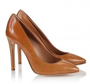 Logan Camel Vitello Leather Single Sole Pointed Pumps Camel