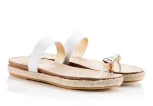 Ras Bejeweled Toe-Ring White Vacchetta Leather Molded Foot-Bed And Jute Flat Sandals White